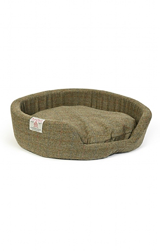 Harris Tweed Large Oval Dog Bed 32 Inch