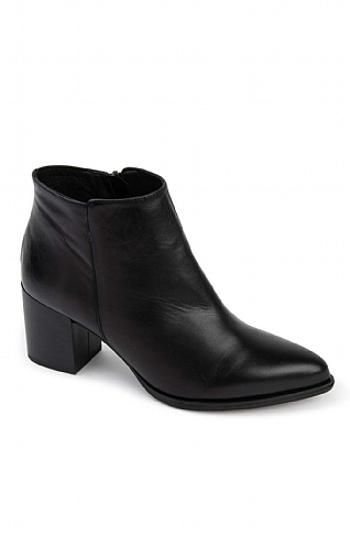 Leather Heeled Ankle Boot