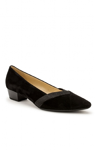 Ladies Gabor Suede V Front Shoe