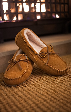 Ladies Sheepskin Moccasin