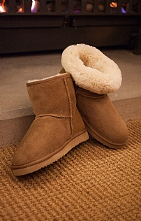 Ladies Sheepskin Boot