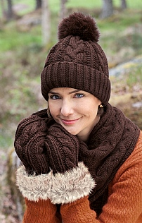 Ladies Arran Knit Mitts