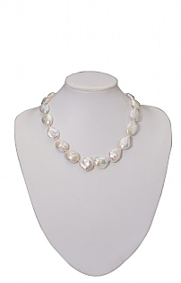 Large Flat Pearl Necklace