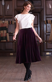 Box Pleat Velvet Skirt