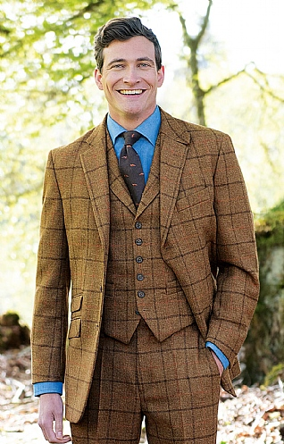 Saxony Tweed Hacking Jacket