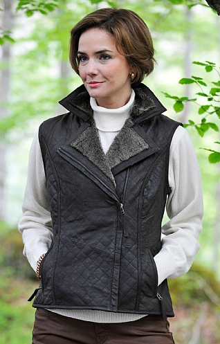Ladies Distressed Leather Quilted Gilet