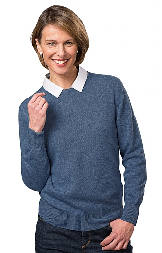 Barrie 3 Ply Cashmere Crew Neck