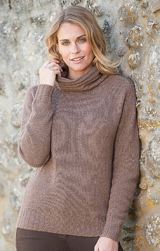 Cashmere Ribbed Roll Neck